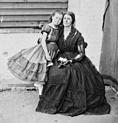Rose O'Neal Greenhow with daughter