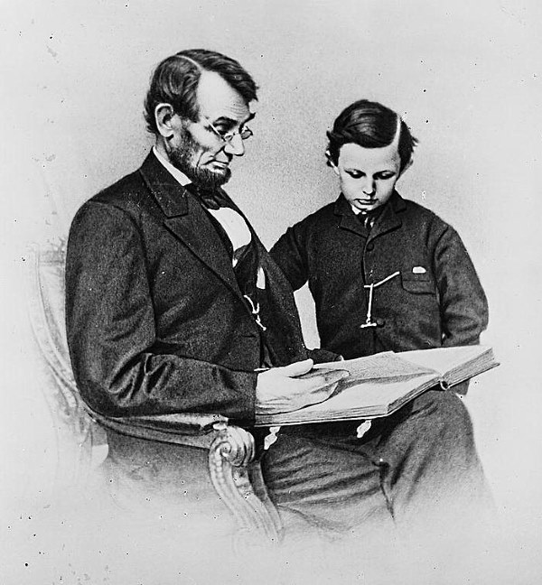 Lincoln and Tad Look At Pictures